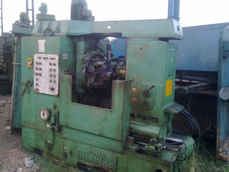 Used Gear Hobbing Machine (H400)