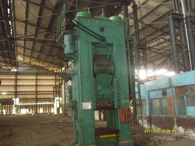 Used Knuckle Joint Press Machine - 2000Ton cap.