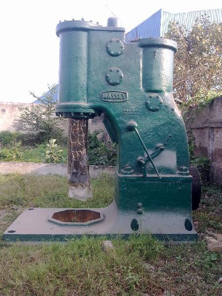 Used Open Die Pneumatic Hammer - 750 Kg cap.