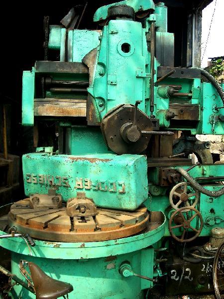Used Vertical Turret Lathe Machine (1200 mm)