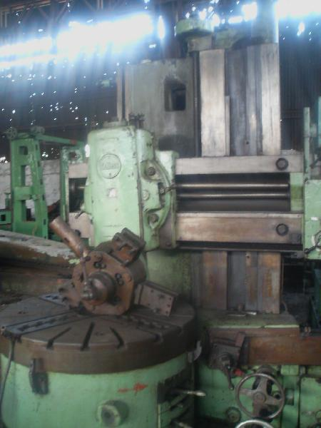 Vertical Turret Lathe - Schiess Make 1200mm chuck dia.