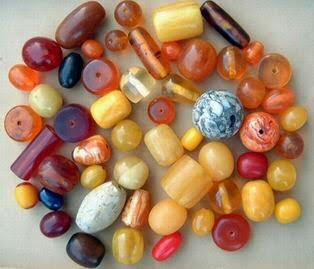 Horn Beads 04