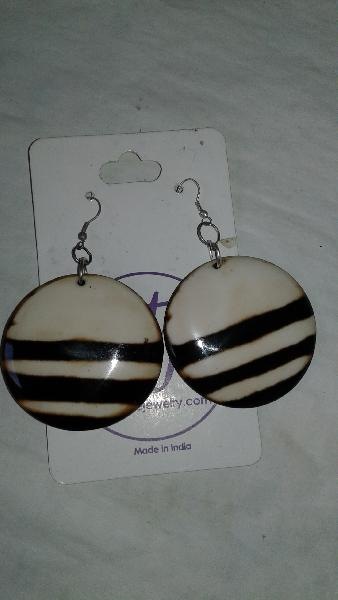 Horn Earrings 01