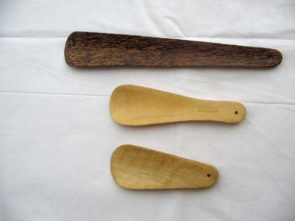 Wooden Shoe Horn 02