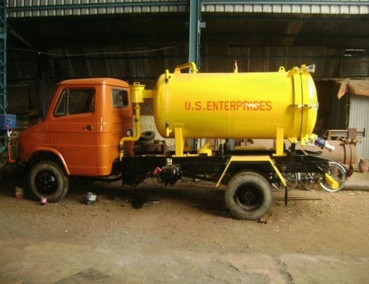 Sewer Suction Machine 02