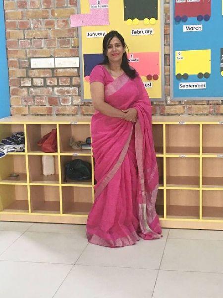 Linen Saree With Golden Zari Border 06