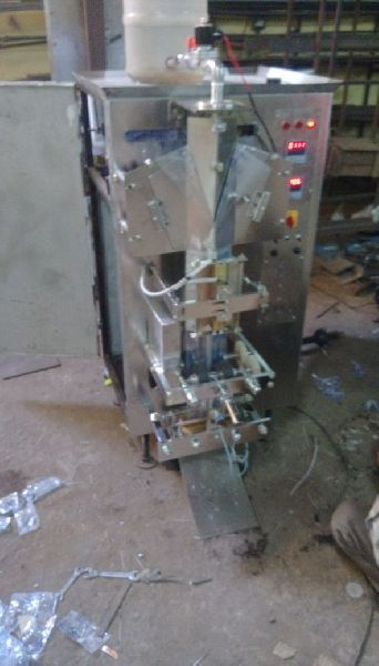 Pouch Packing Machine 04