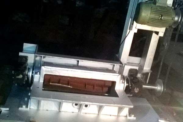 Mechanical Spreader Machine