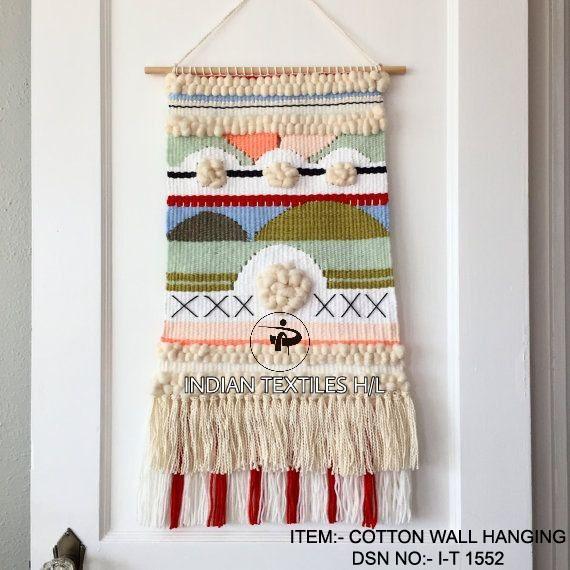 DSN 1552 Wall Hanging