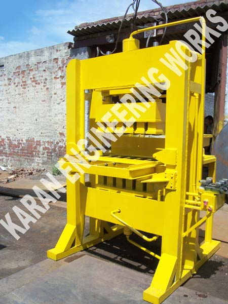 6 Brick Fly Ash Brick Making Machine