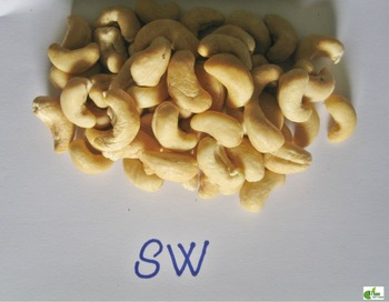 SW Whole Cashew Nuts