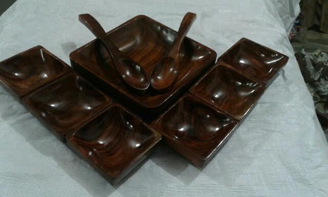 Wooden Dinner Set 01