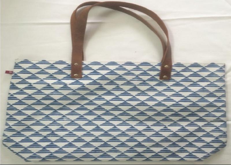 Ladies Handbag 02