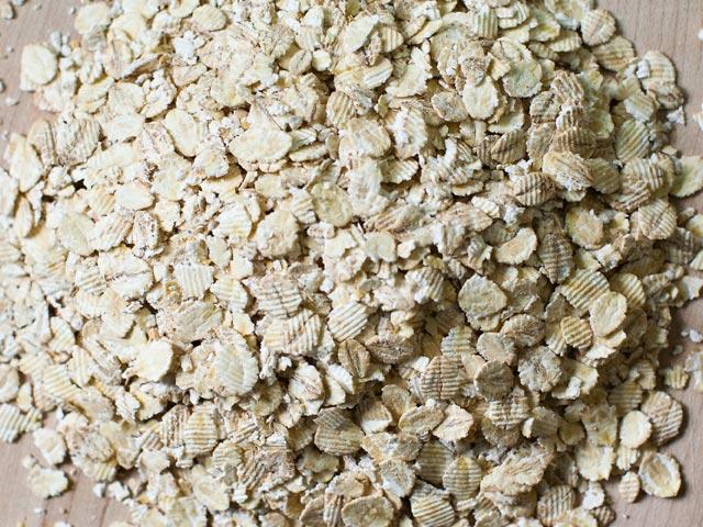 Pearl barley flakes 01