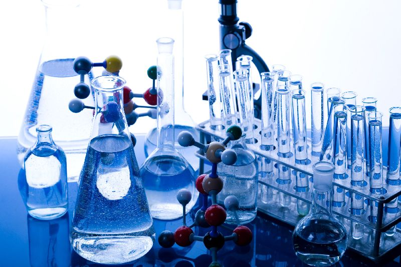 Chloroacetyl Chloride 02