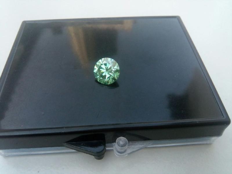 Green Moissanite Diamond 05