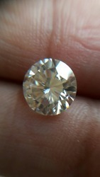 Off White Moissanite Diamond 01