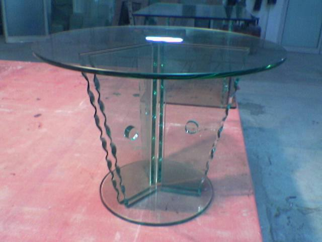 Bent Glass Table 02