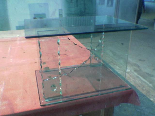 Bent Glass Table 03