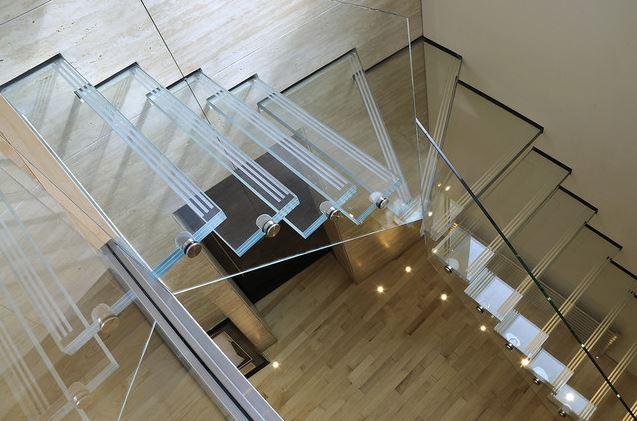 Designer Glass Railing 02