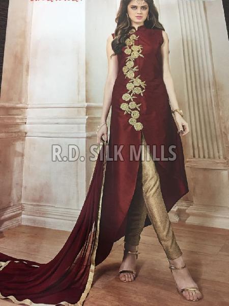 Ladies Designer Suit 01