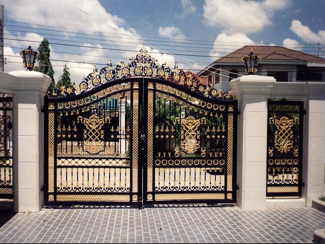 Designer Gate 02