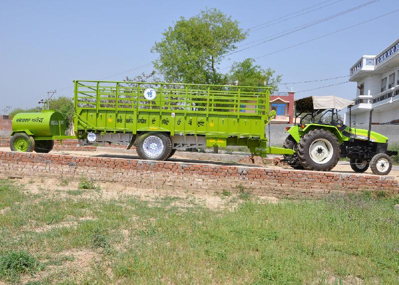 Tractor Trolley 05