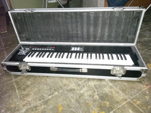 Keyboard Flight Case 02