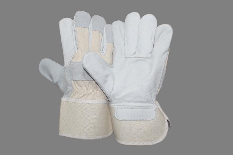 EW-CSCC33 Canadian Gloves