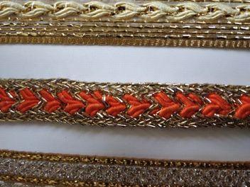 Golden Suit Lace 01