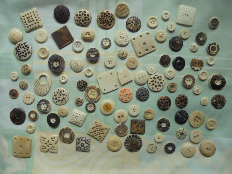 Bone Fancy Buttons