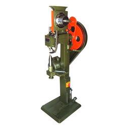 Auto Feeding Eyelet Punching Machine