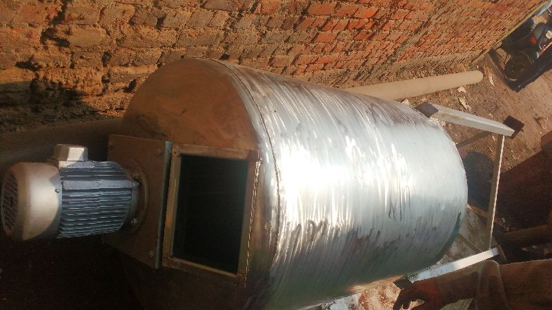 Pressure Vessel With Agitator 03