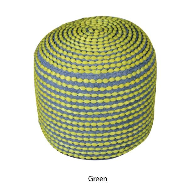 Knitted Pouf 04