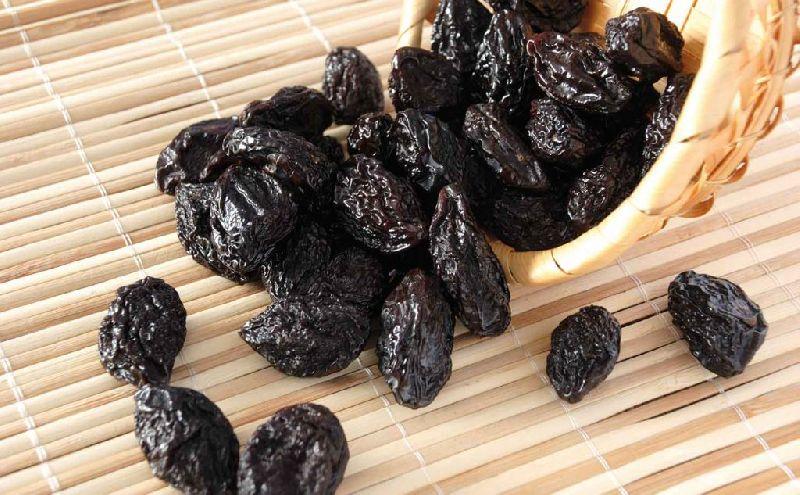 Black Raisins 01