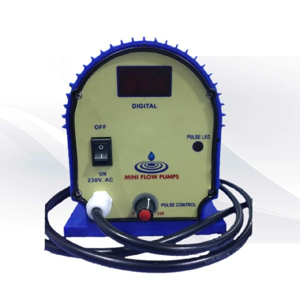 Electronic Dosing Pump 02