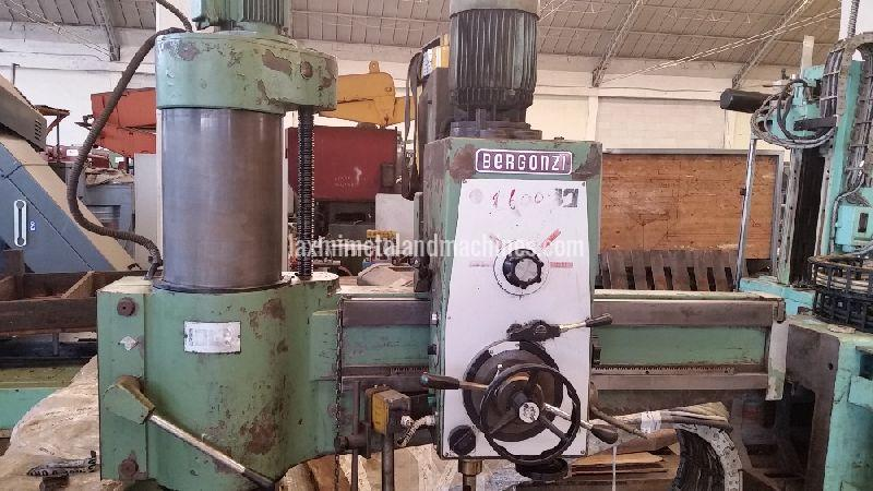 Bergonzi Radial Drilling Machine 03