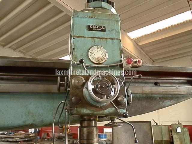 Csepel Floor Radial Drilling Machine 03