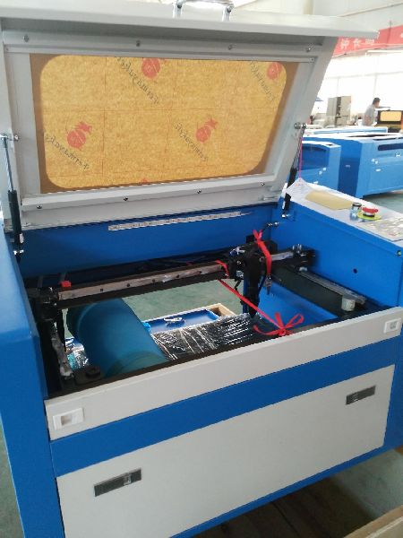 Wood & Acrylic Laser Engraving Machine 02