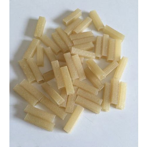 Wheat Flour Rectangular Fryums