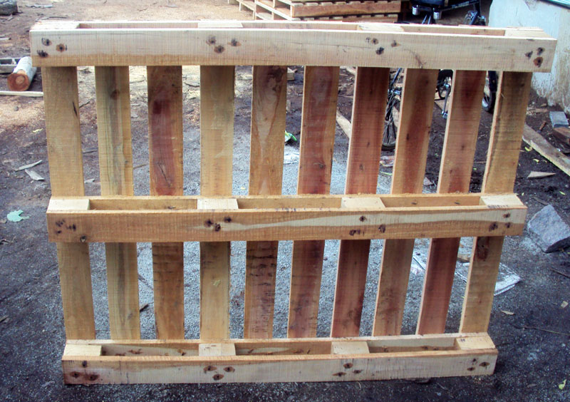 Four Way Country Wood Pallets
