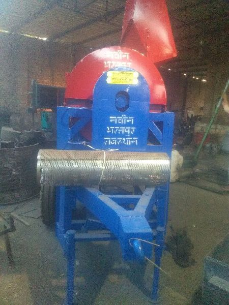 Multi Crop Cutter Thresher 02