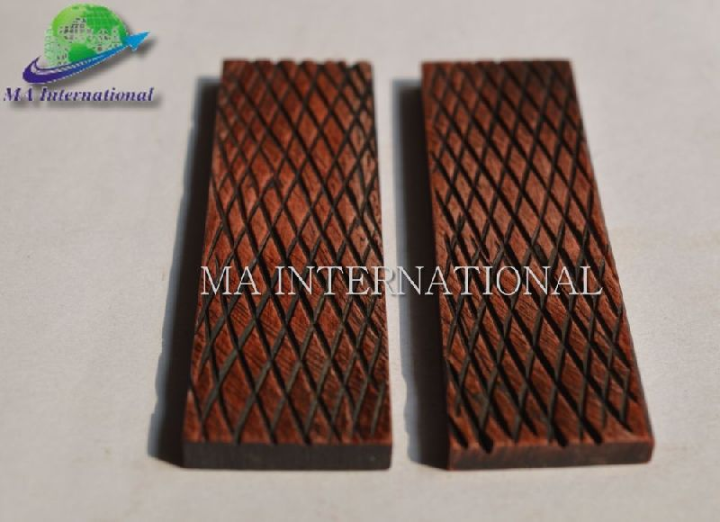 MAJBS04 Dyed Stabilized Jigged Bone Scales