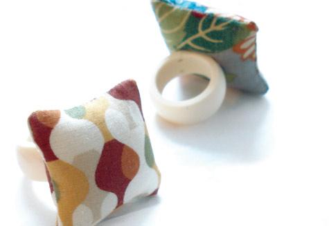 Mini Pillow Cushion Rings