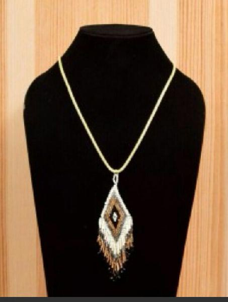 Handmade Paddy Pendant Necklace 01