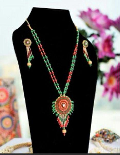 Handmade Paddy Pendant Necklace Set 03