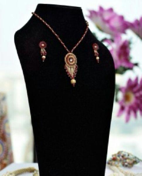 Handmade Paddy Pendant Necklace Set 06