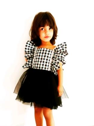 Girls Wear 05