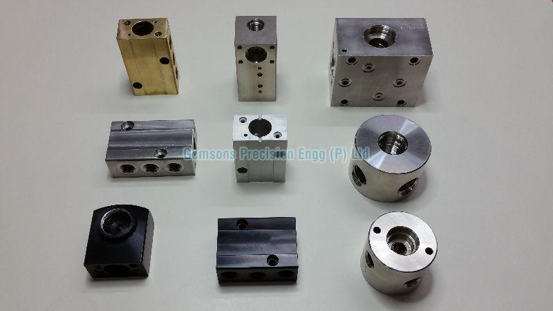 Forged Manifold Fitting 01