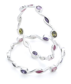 Ladies Silver Bangle 04